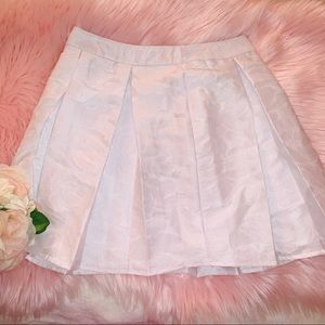 🔸3 for $25🔸 White Mini Skirt W/ Floral Designe